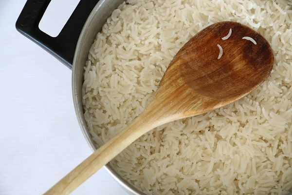 איך להכין אורז לבן טוב בזריזות אשת סטייל