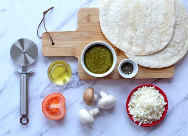 פיצה ירוקה מתכון קל_עשר דקות הכנה_הבלוג של אשת סטייל (צילום: טליה הדר)