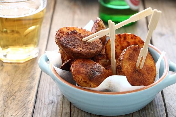 תפוחי אדמה בתנור_תפוחי אדמה קטנים בתנור_תוספת תפוחי אדמה_אירוח בסטייל (צילום: טליה הדר)