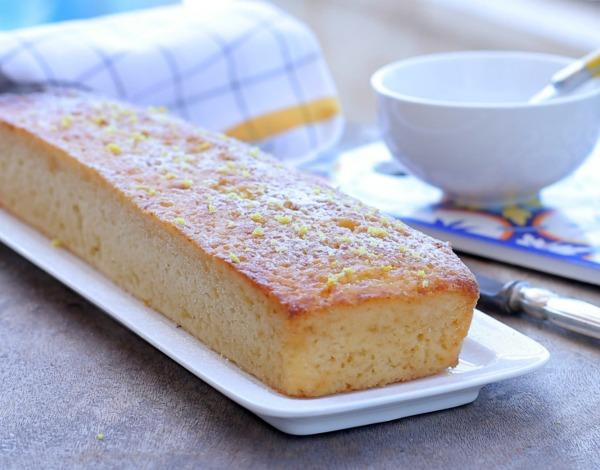 עוגת אקטימל בחושה_עוגת לימון בחושה_מתכון בלי מיקסר_צילום ומתכון: טליה הדר