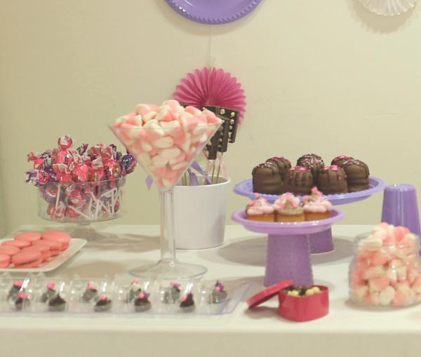 עיצוב שולחן ממקים ביום הולדת_ארגון יום הולדת_רשימת כיבוד ליום הולדת_טליה הדר_אשת סטייל